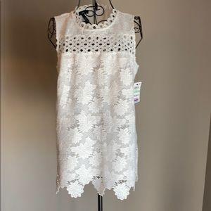 Alfani White FlowerLace LinedSleeveless Top. Siz-8